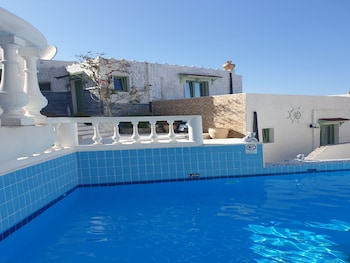 Gambar Studio Quiet And Peaceful And Very Relaxing With Kitchen, Shared Pool and Ac di Hersonissos