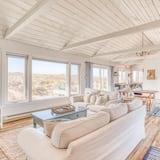 Māja, 2 divguļamās karalienes gultas (The Nautical House) - Dzīvojamā istaba