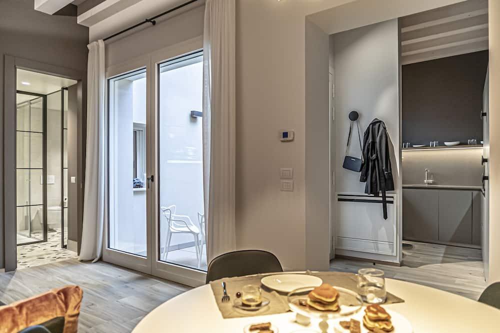 Deluxe Apartment (Pozzobon) - Living Area
