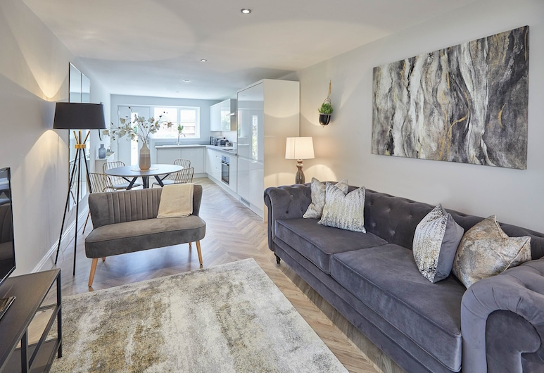 The Madison at Prospect Hill Apartments, Whitby