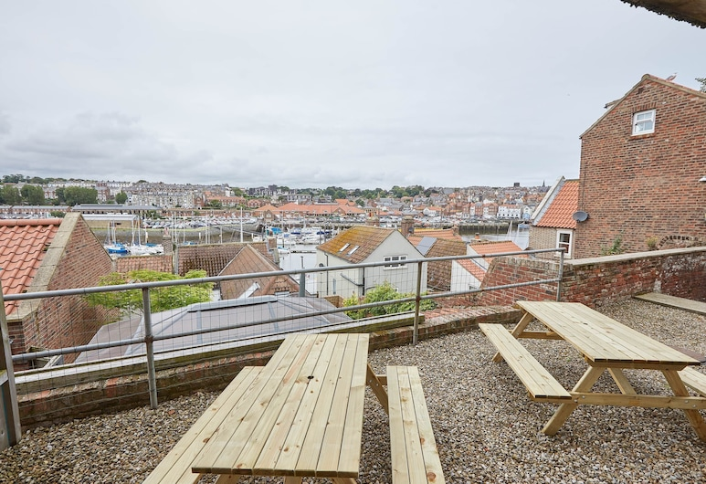 Harbour View House, Whitby, Terasa