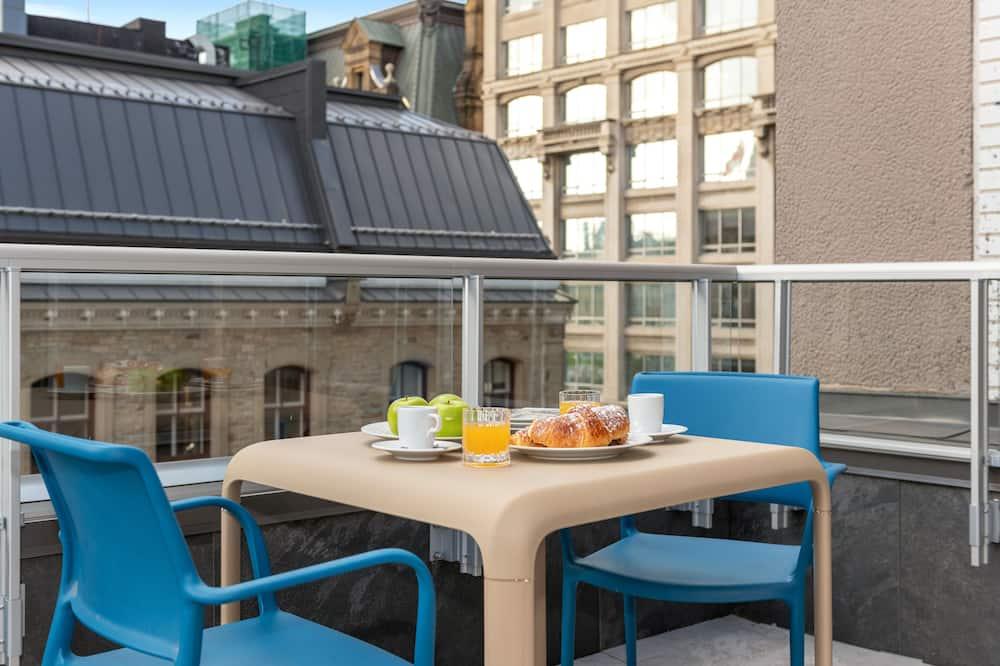 Міське кондо, 2 спальні - Балкон