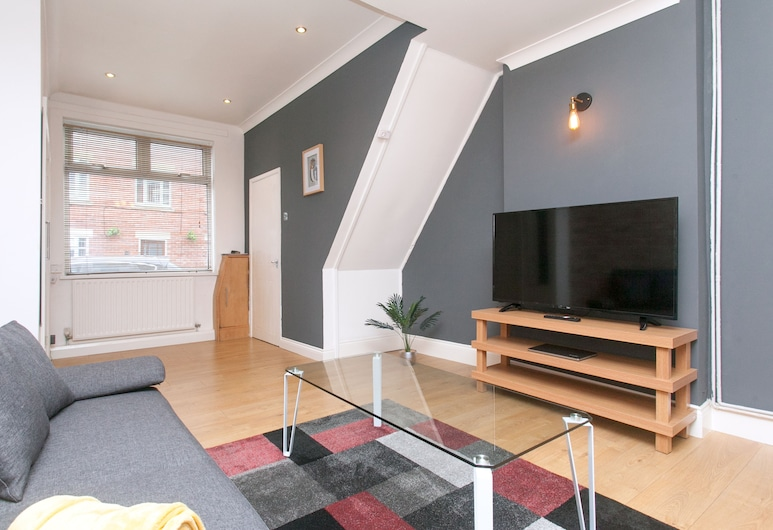 NEW Cosy 2BD Home Close To Centre Stoke On Trent, Stoke-on-Trent, Leilighet (2 Bedrooms), Stue