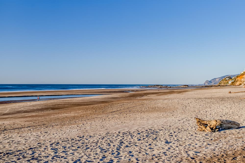 Kuća, Više kreveta (The Lookout) - Plaža