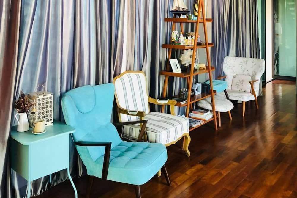 5 Bedrooms - Sala de estar