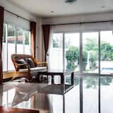 Family House (Entire Pool Villa 7) - Living Area