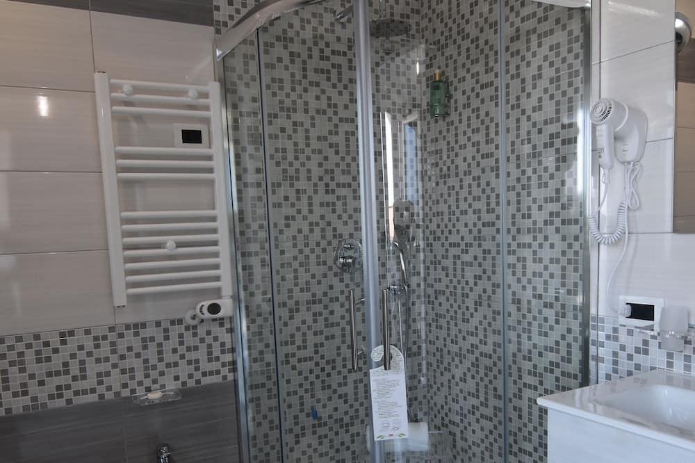 Chambre Affaires Double ou avec lits jumeaux - Salle de bain