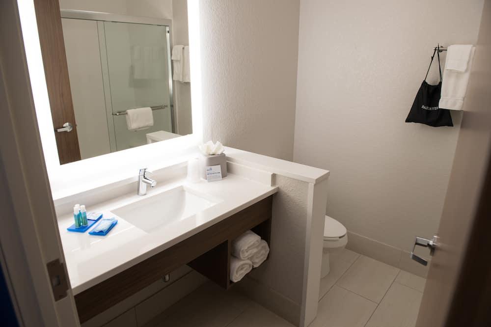 Suite, 2Queen-Betten, Nichtraucher - Badezimmer