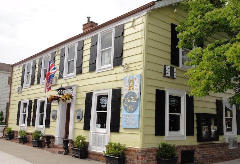 The Olde Angel Inn, Niagara-on-the-Lake