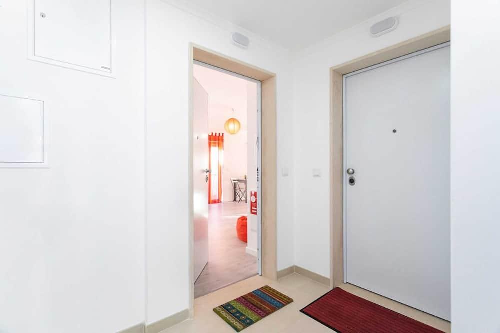 Studio (0 Bedroom) - Room