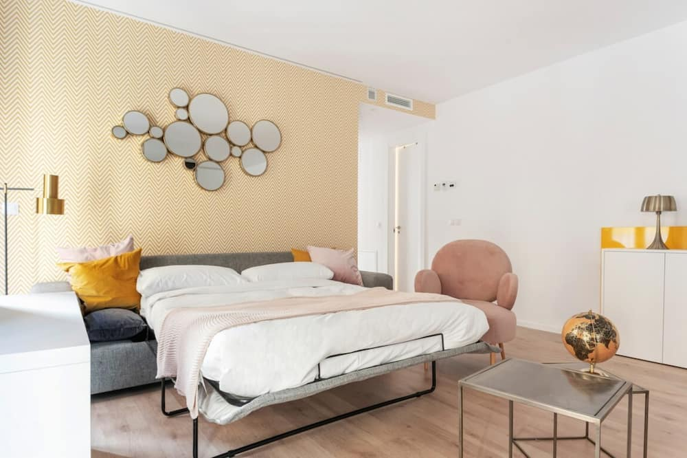 Apartment (2 Bedrooms) - Room