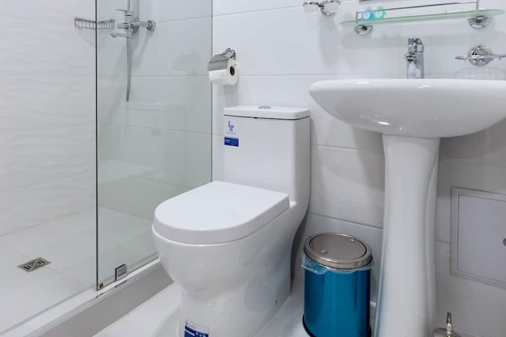 Perushuone kahdelle - Kylpyhuone