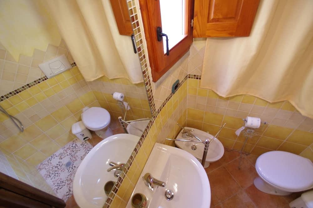 ห้องจูเนียร์สวีท, ห้องน้ำส่วนตัว (External) - ห้องน้ำ