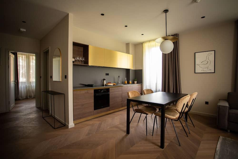 Ekskluzivni apartman, 2 spavaće sobe (6) - Dnevni boravak