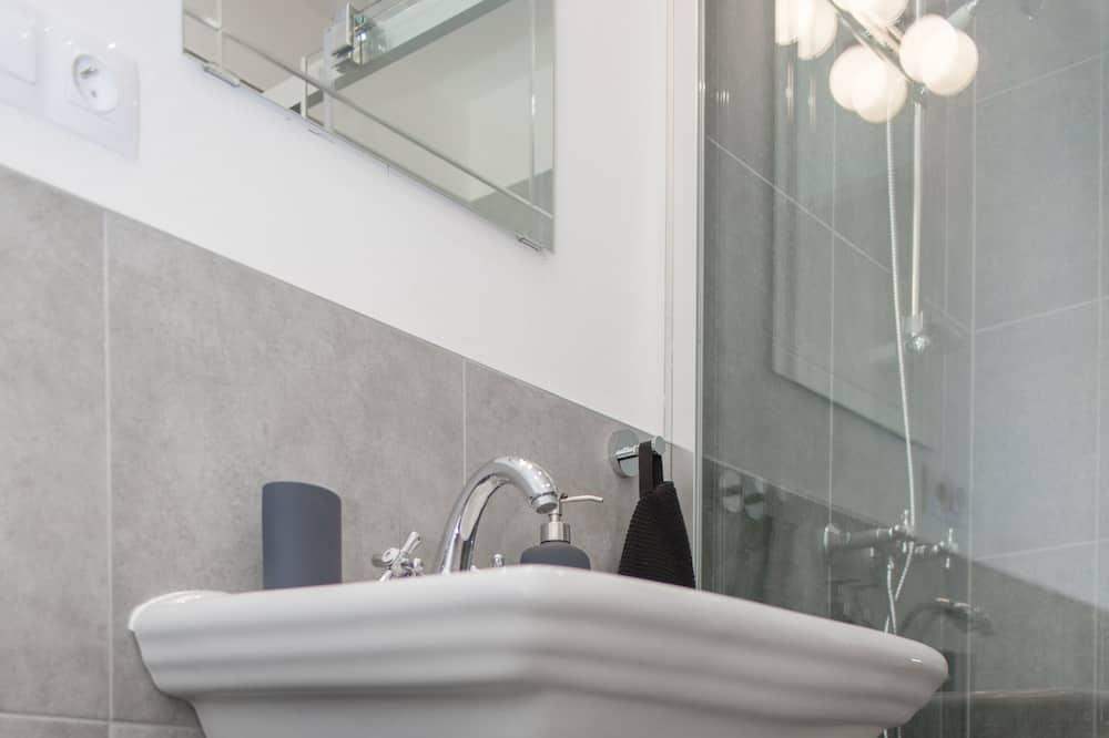 ห้องพรีเมียมสวีท - ห้องน้ำ