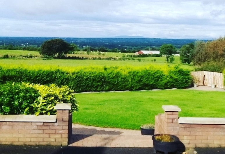 3-bed Mobile With Unique Views, Security Access, Antrim