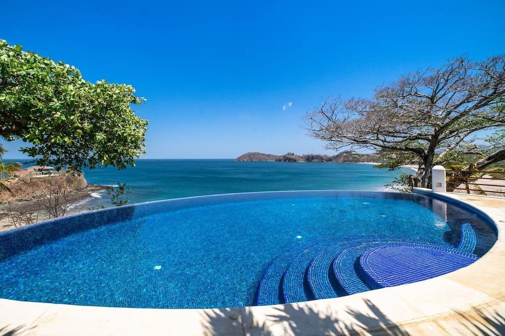 House, Multiple Beds (Flamingo Blu) - Pool