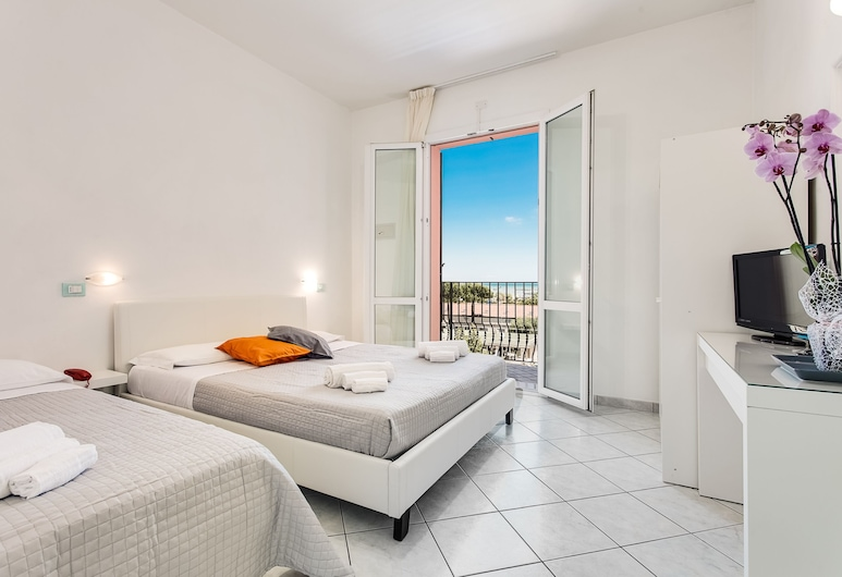 MareHome, Cesenatico, Comfort-Dreibettzimmer, Balkon, Zimmer