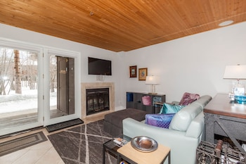 Slika: 101 Forest Drive Unit D by Summit County Mountain Retreats ‒ Frisco