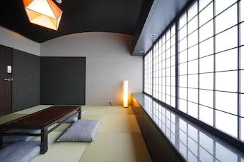 大阪市、32 PARADOXの写真
