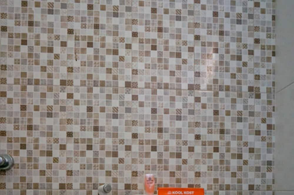 Single Room (Reddoorz) - Bilik mandi