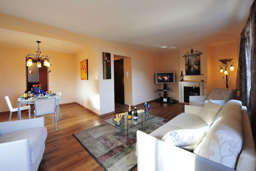 Standard Penthouse, Multiple Beds (Argegno Bellavista) - Living Room