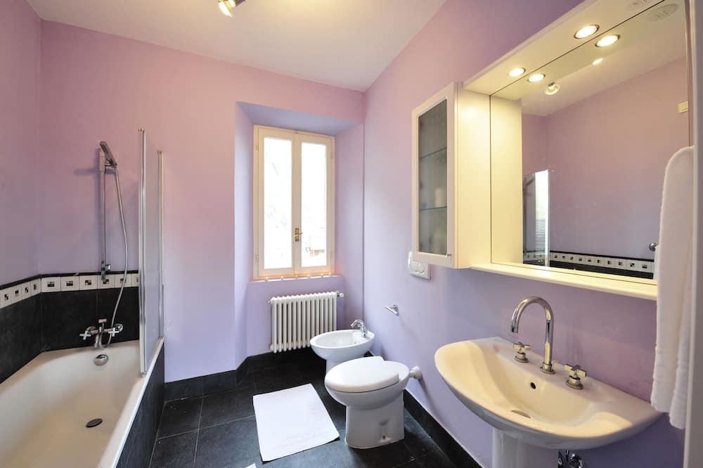 Standard Penthouse, Multiple Beds (Argegno Bellavista) - Bathroom