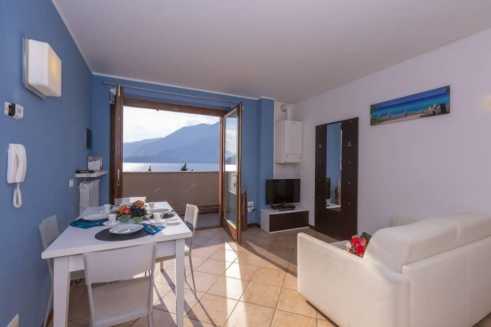 Căn hộ dành cho gia đình, 1 giường đôi và sofa giường, Cạnh núi (Fontana Del Lago Apt. 10) - Phòng khách