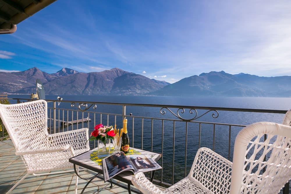 Honeymoon Villa, Multiple Beds, 2 Bathrooms, Lakeside (Villa Al Lago) - Balcony