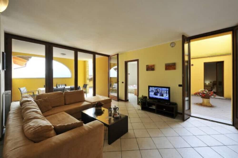 標準公寓, 多張床, 山旁 (Borgo La Sorgente - Gardenia) - 客廳