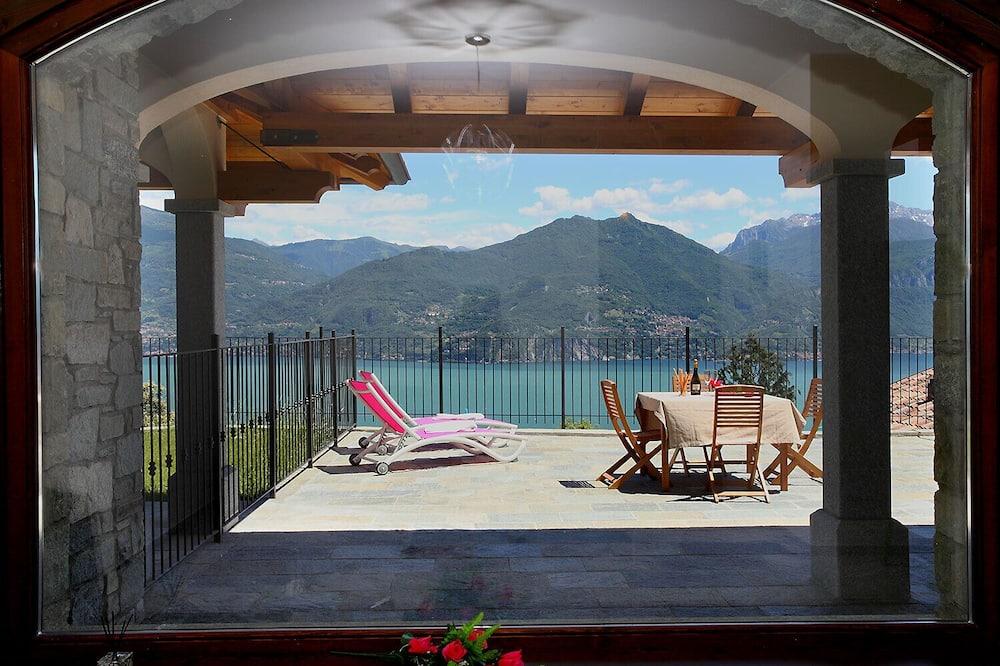 Сімейні апартаменти, 1 двоспальне ліжко та розкладний диван (Parco dei Cervi Terrazzo) - Балкон