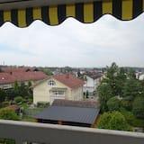 Classic Room - Balcony View