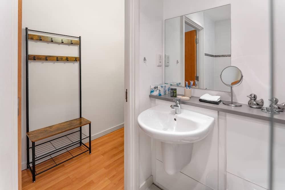 Superior apartman, fürdőszobával, kilátással a városra - Fürdőszoba