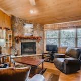 Condo, Multiple Beds (Black Canyon Inn Unit A4/5) - Living Room