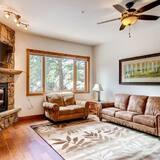 Apartment, 1King-Bett (Black Canyon Inn Unit H1 Deluxe) - Wohnzimmer