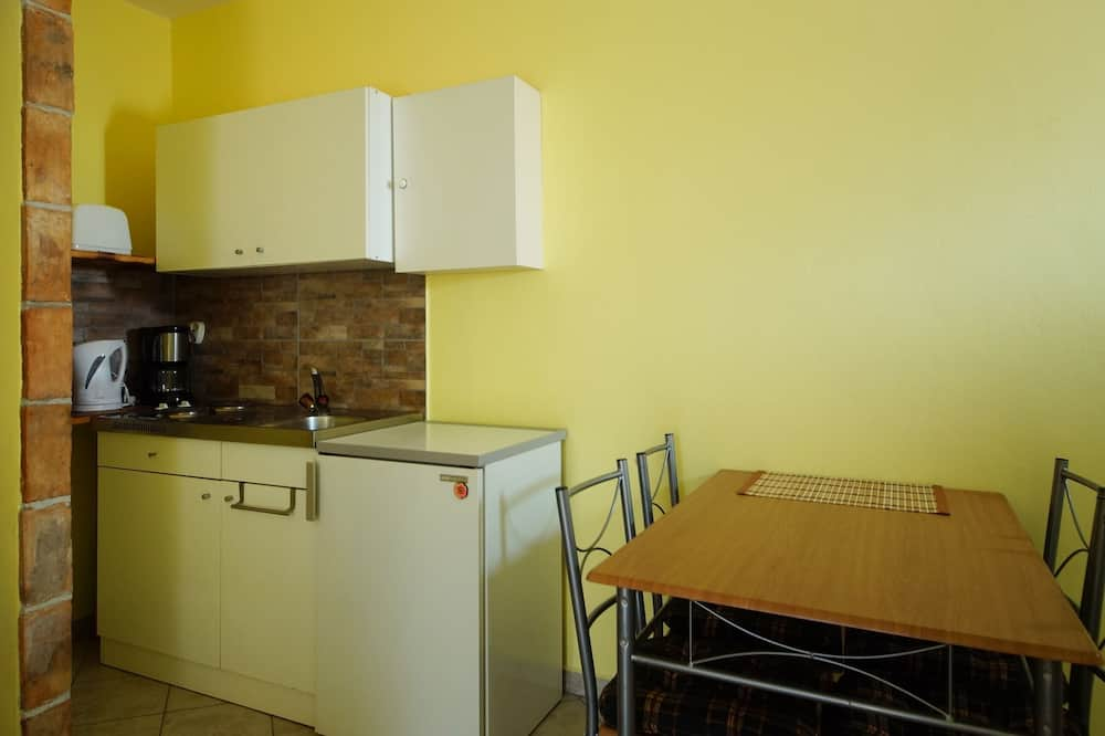 Holiday Home 193436 - Holiday Apartment 233585