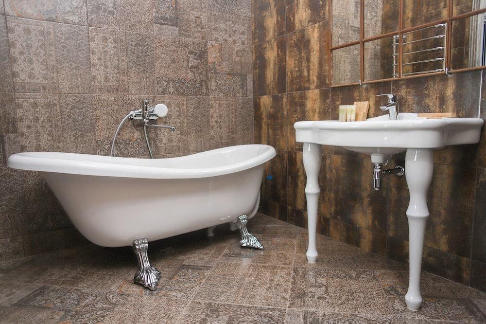 典雅開放式套房 - 浴室