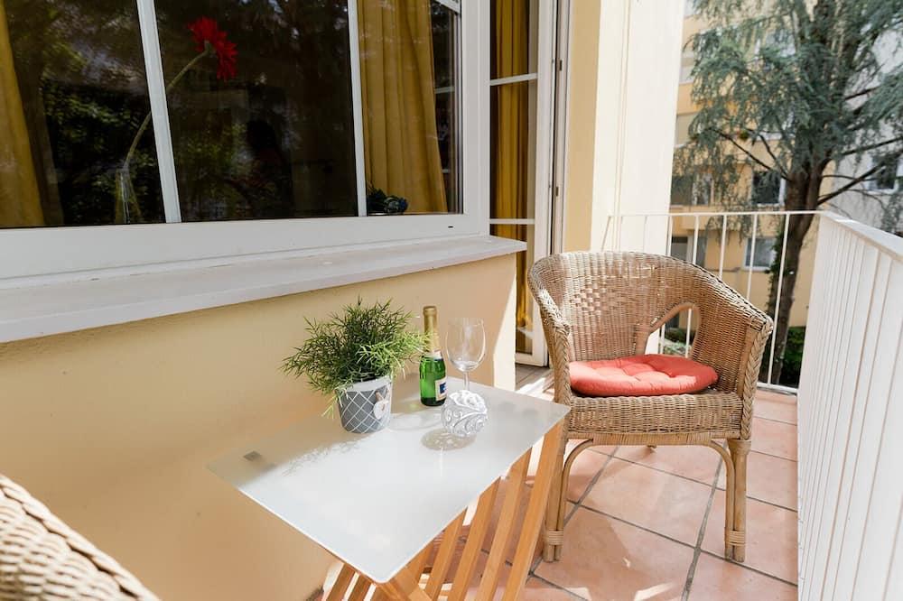 Apartment, Ensuite (+ Lift) - Balcony View