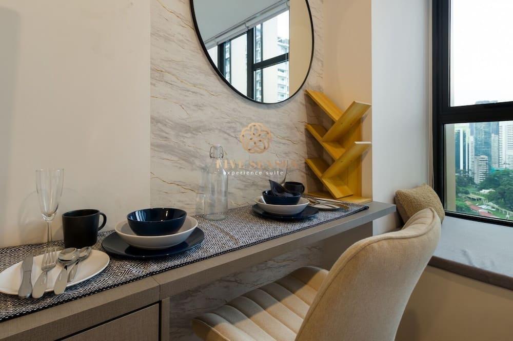 Executive Studio - Living Area