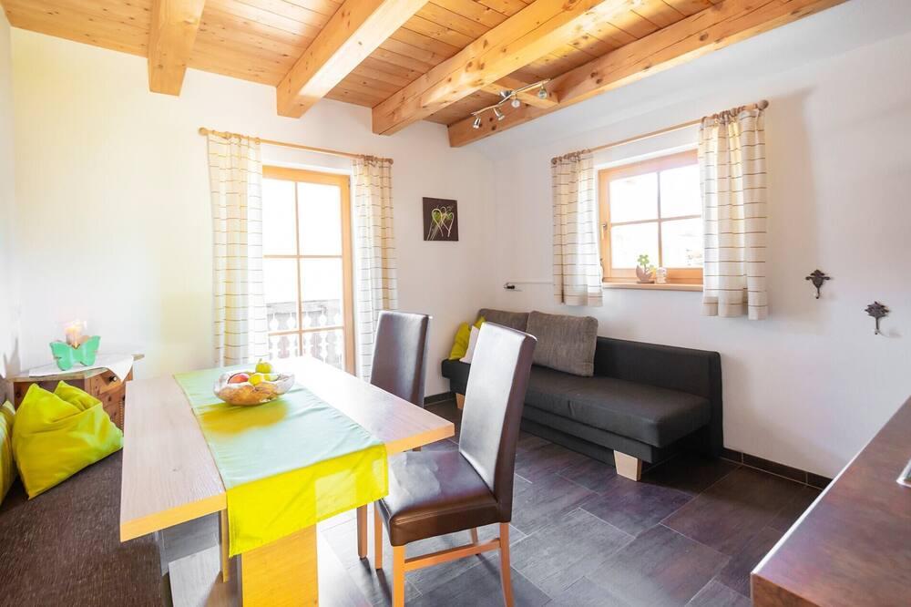 Classic Apartment, 2 Bedrooms, Non Smoking, Mountain View (Eibenberg) - Living Area