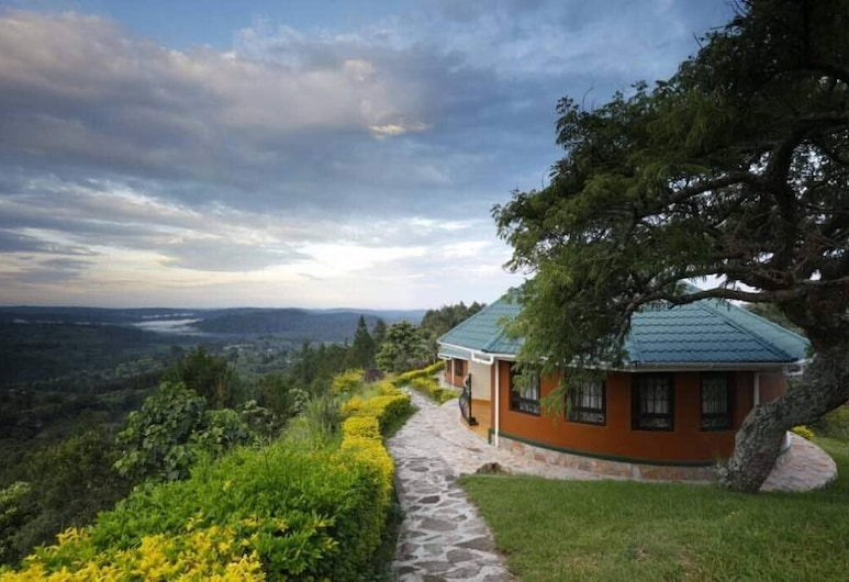 Top of The World Lodge, Fort Portal, Family Cottage, Terrace/Patio