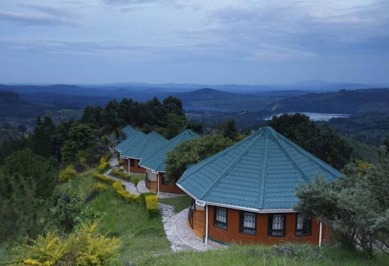 Top of The World Lodge, Fort Portal
