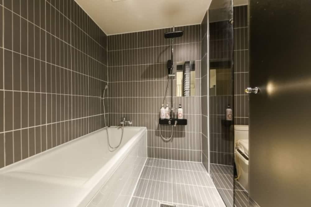 Standard Room (A) - Bathroom