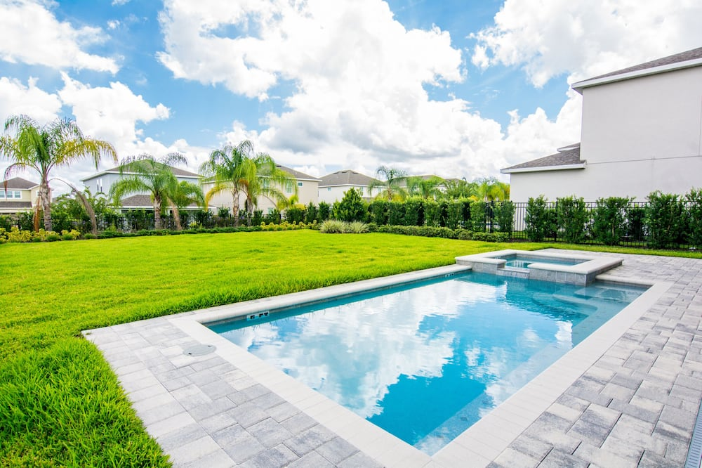 House, 5 Bedrooms, Private Pool (No Clubhouse or Resort Amenity access) - Private pool