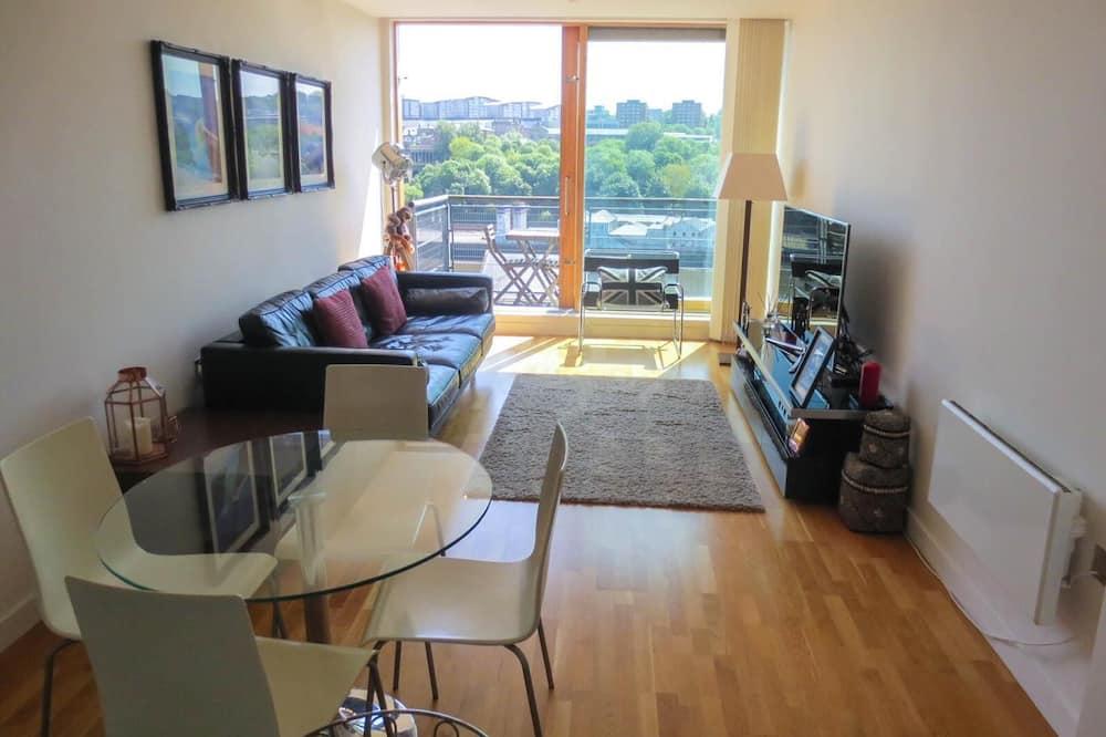 City Apartment - Living Area