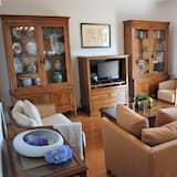 Kattohuoneisto perheelle, 3 makuuhuonetta, Parveke, Merinäköala - Oleskelualue