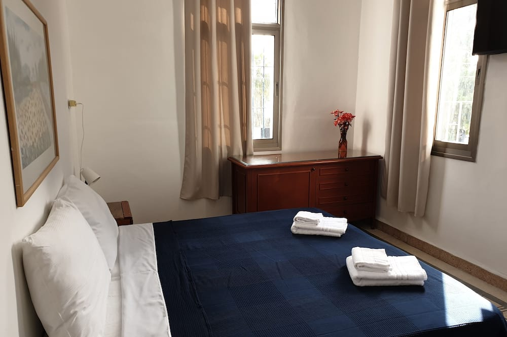 Basic Double Room, 1 Double Bed - Guest Room