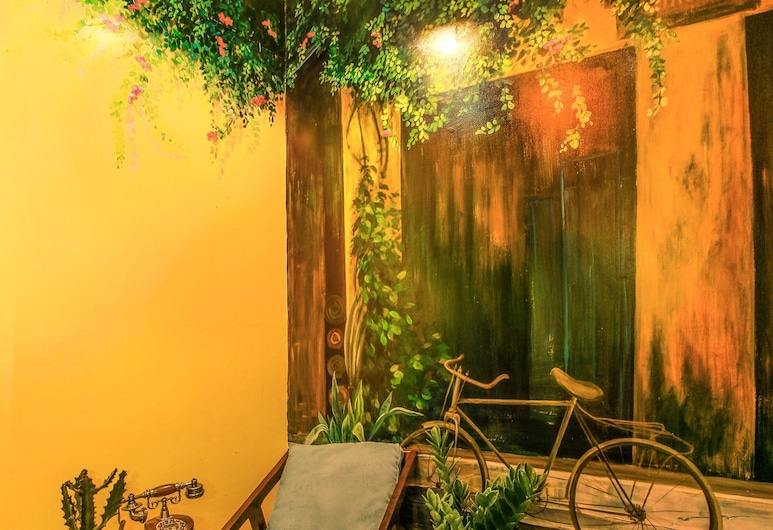 Grandma Lu - Banh Mi Coffee & Hostel, Ho Chi Minh City, Standard Shared Dormitory, Women only (14 Beds), Guest Room