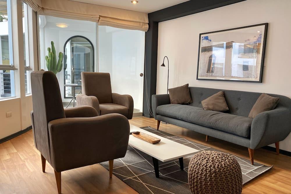 شقة تنفيذية - ٣ غرف نوم (Apt. #201) - غرفة معيشة
