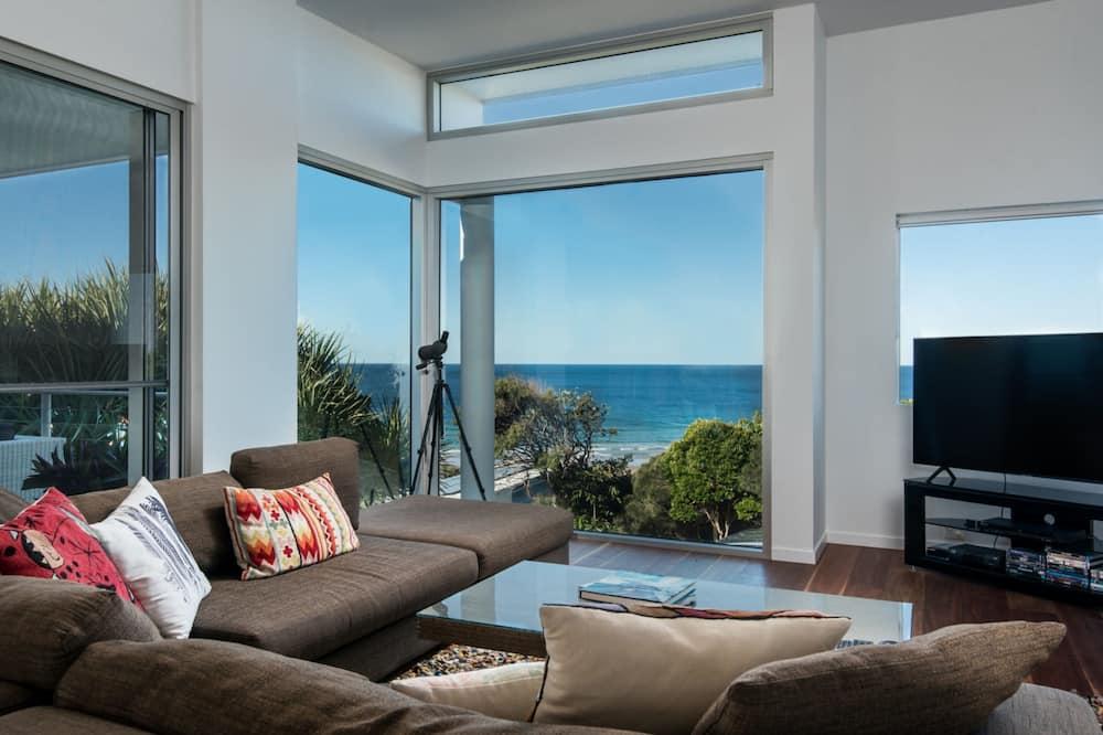 Premium Villa, 4 Bedrooms, Private Pool, Ocean View - Living Area